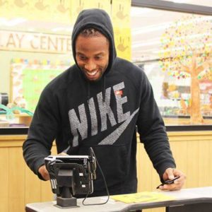 Larry Fitzgerald Donates at Turkey Tuesday